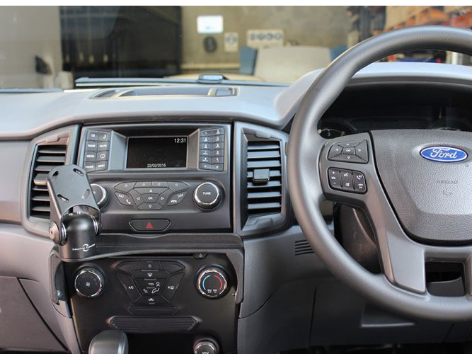 Ford Ranger PX2 (2015+) In Dash Mount